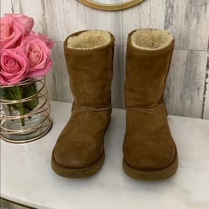 Ugg good condition size us 9